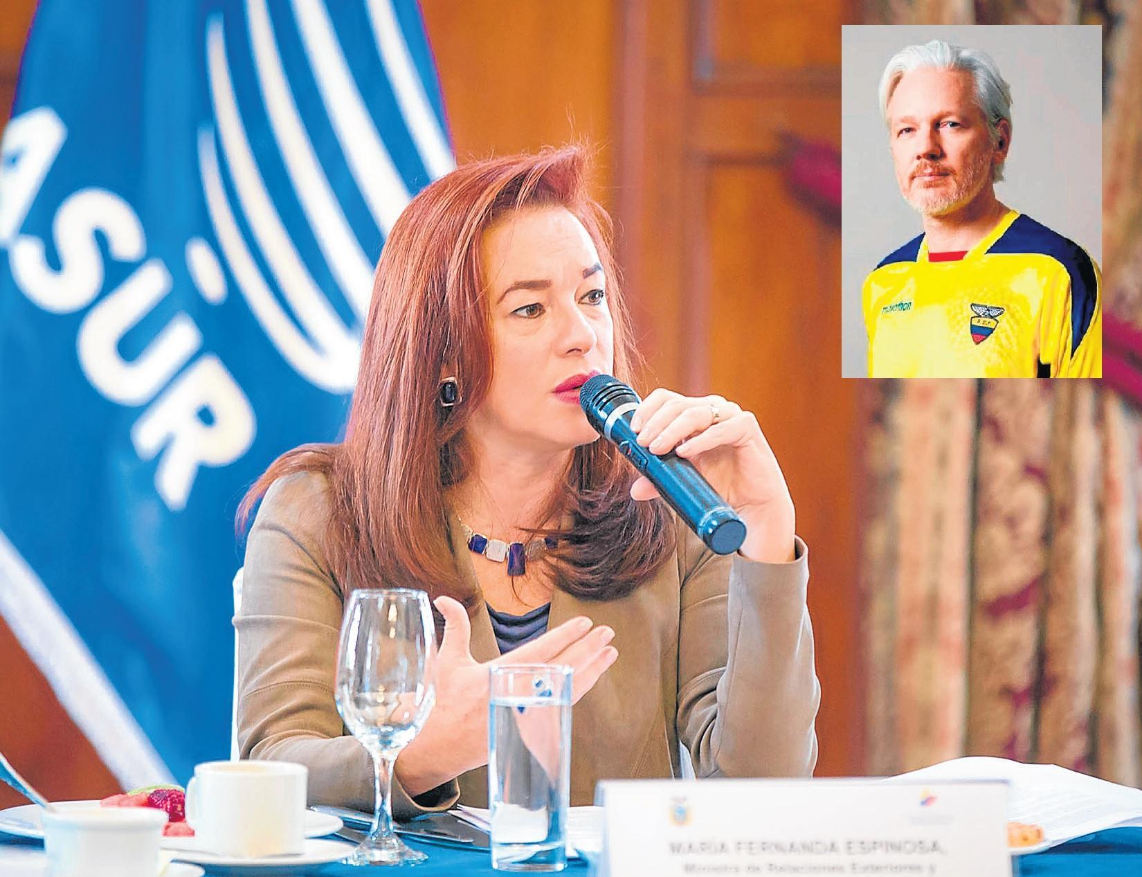 Julian Assange ya tiene nacionalidad ecuatoriana, confirma la canciller Espinosa