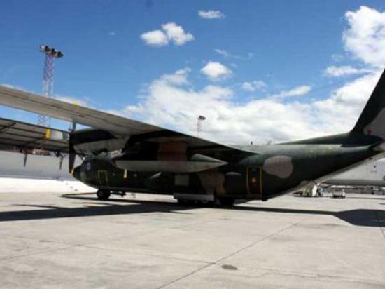 Aeronaves de combate de la FAE no operan al 100%, dice ministro