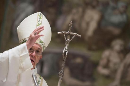 El papa 'no debiera correr peligro' en Chile pese a atentados, dice el Gobierno