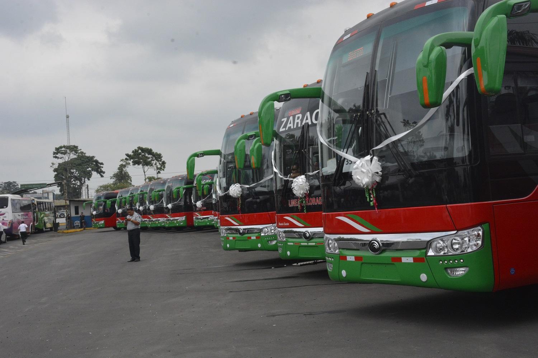 """La Zaracay """"vacila"""" nuevos buses"""