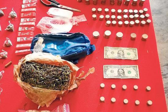 Allanan una casa donde se vendía droga en Picoazá