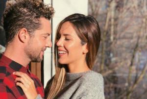 El cantante español David Bisbal anuncia que se casará con la modelo Rosanna Zanetti