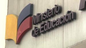Ministro eleva a 919 las denuncias sexuales contra escolares desde 2014 en Ecuador