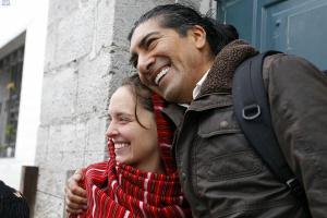 La franco-brasileña Manuela Picq regresó anoche a Ecuador