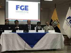 Fiscal Carlos Baca advierte intereses 'oscuros' tras indagación en su contra