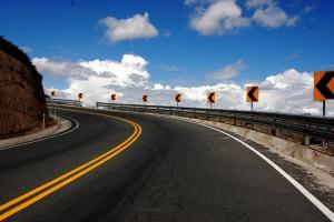 Ecuador licitará 170 kilómetros de carretera en concurso internacional