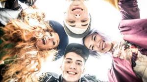 La adolescencia 'ahora se extiende de los 10 a los 24 años', según revista médica