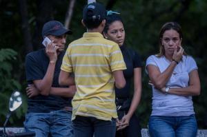Familiares reconocen los restos del exagente Óscar Pérez y otros sublevados abatidos
