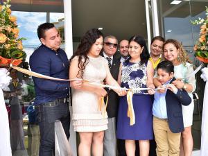 Inauguran el centro comercial Fátima Pin  con 24 locales