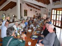 Turistas Atraídos Por Las Aves Y El Manglar