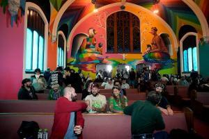 Conoce a la iglesia de Estados Unidos que le rinde tributo a la marihuana