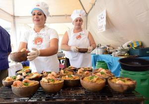 Crucita aspira a recibir a 100 mil turistas por Carnaval