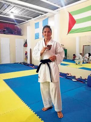 La doctora karateca