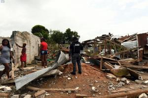 Ministro del Interior cifra en 28 los heridos en atentado con 'coche bomba' en Esmeraldas