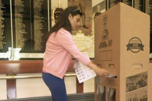 Ecuatorianos en Australia comienzan a votar en referéndum y consulta popular