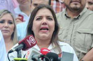 María Alejandra Vicuña dice que proceso electoral es resultado de diálogo