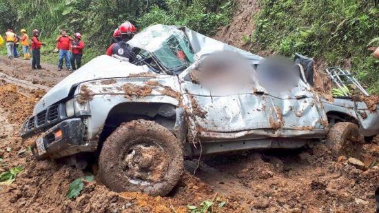 Cuatro muertos por deslizamiento ocurrido en la vía Calacalí-La Independencia