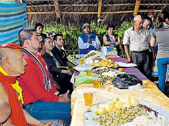 Indígenas de dos regiones  se reunieron