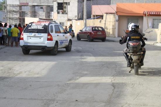 Hombre resultó herido de bala en asalto, en Manta