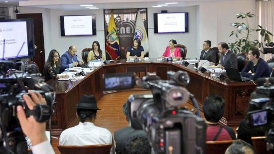 El CNE anuncia los resultados oficiales de la Consulta Popular y Referéndum