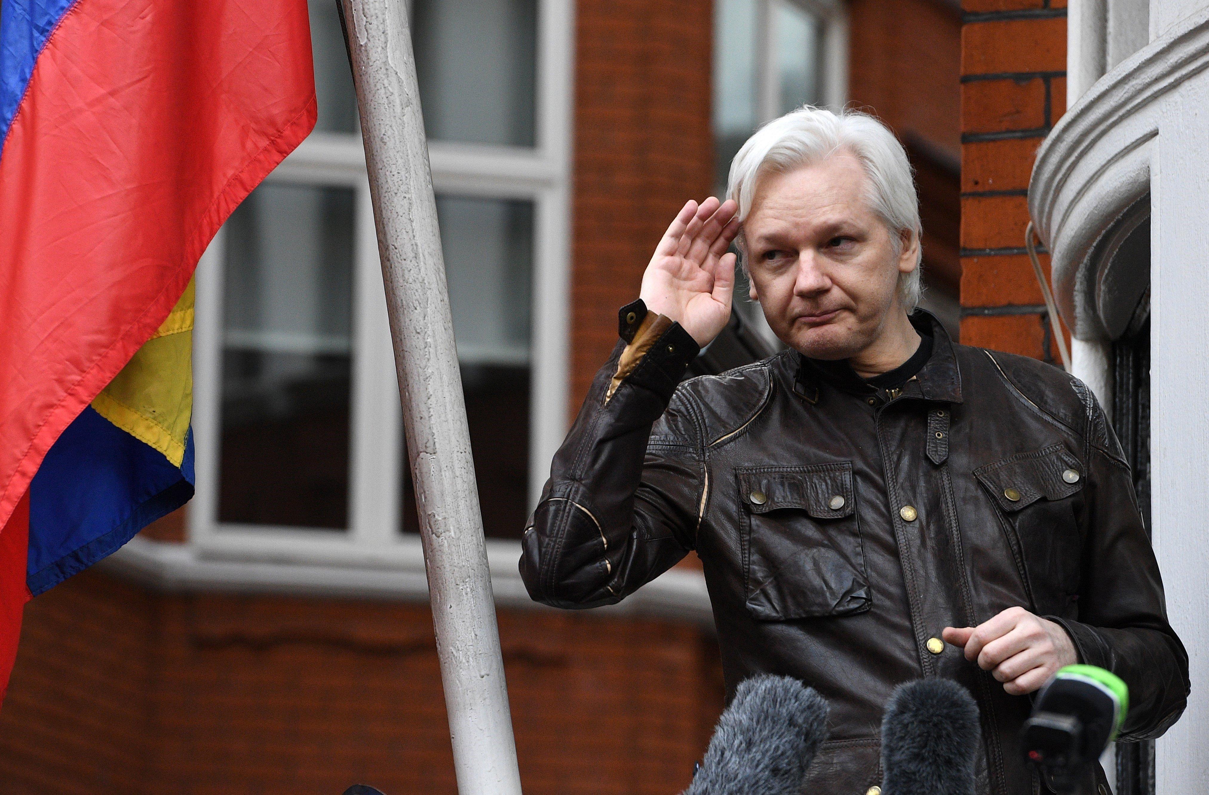 La justicia rechaza los argumentos de Assange contra su orden de detención