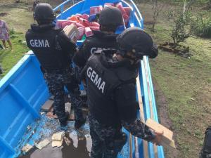 Incautan en El Aromo lancha que estaba lista para ser enviada a México con droga