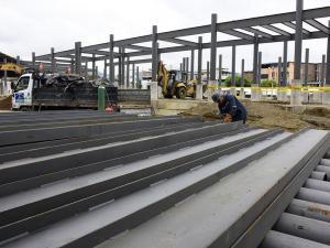 Colegio y casas serán demolidos el próximo mes
