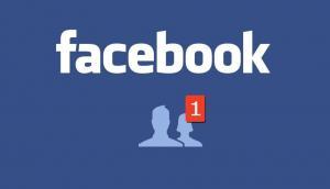 Policía dominicana halla en Facebook al 'amor' de su vida tras casi 29 años