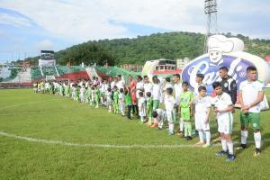 Liga de Portoviejo presentó su plantilla 2018 en la ''fiesta verde y blanco''