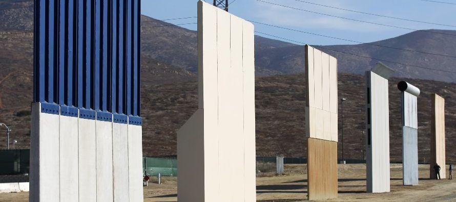 Trump sugiere que el muro se podría pagar con fondos destinados a inmigrantes