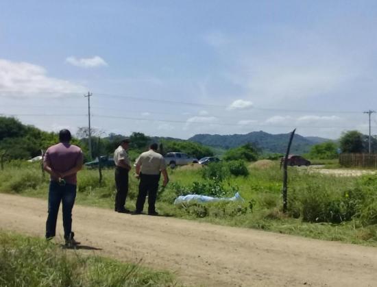 Una mujer venezolana es asesinada en el cantón Sucre, presuntamente, por su pareja