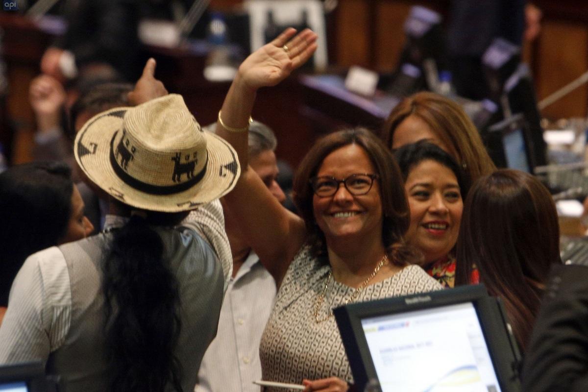 Elizabeth Cabezas, nueva presidenta de la Asamblea Nacional