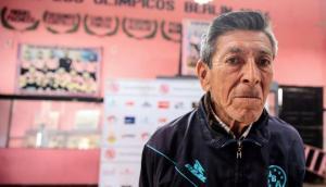 Tres jugadores de un equipo peruano humillan a utilero y el acto causa repudio