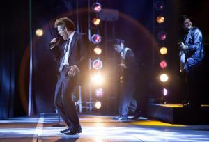 Telemundo y Netflix revelan primeras imágenes de la serie sobre Luis Miguel