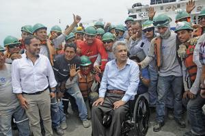 Lenín Moreno vigila obras en el Puerto de Manta