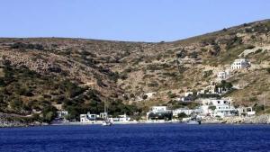 Al menos 16 muertos al naufragar barcaza con refugiados en Grecia