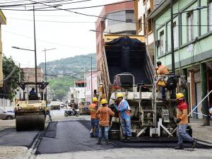 El tránsito vuelve a la calle Sucre