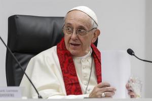 El papa dice que quien paga por sexo es un 'criminal'
