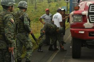 Dos militares heridos durante un patrullaje en zona fronteriza