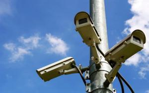 Delhi instalará más de 100.000 cámaras en escuelas para vigilar a los niños