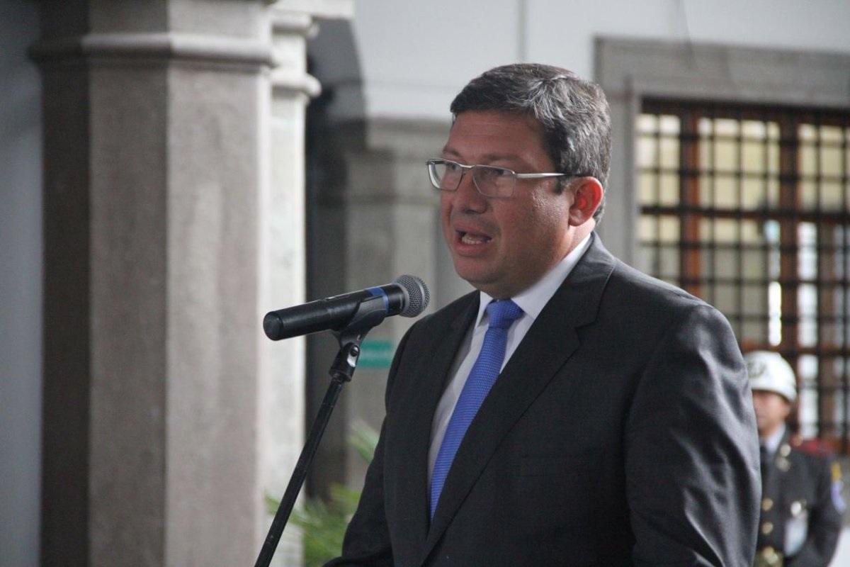 Ministro del interior critica informaci n no contrastada for Escuchas ministro del interior