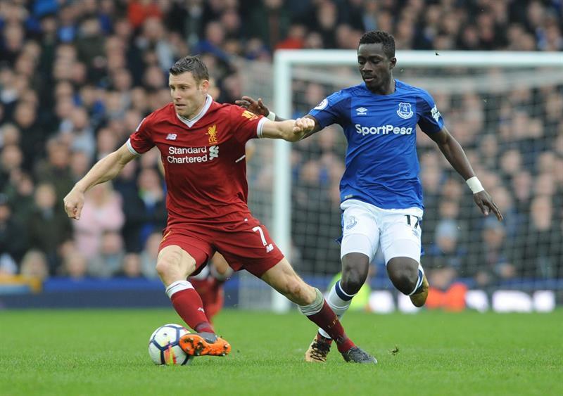 Liverpool y Everton no se hacen daño en el derbi de Merseyside