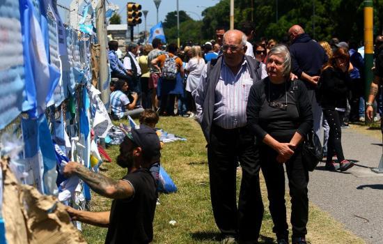 Cinco meses sin rastro del submarino argentino pero las familias no se rinden