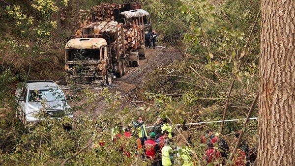 Encapuchados queman camiones y maquinarias en el sur de Chile