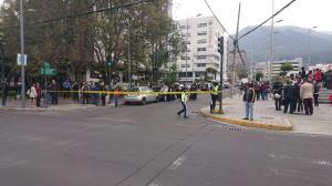 Falsa alerta de bomba obligó evacuación de Plataforma Financiera en Quito