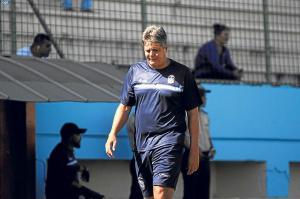 Jugador del Manta FC, Rolando Azas se despidió de su equipo