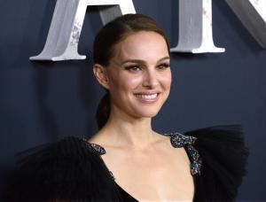 Natalie Portman cancela su visita a Israel para recibir premio de un millón de dólares