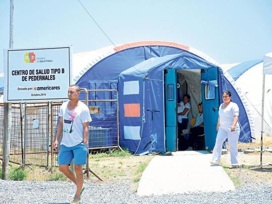 La salud en agonía: En la zona norte de Manabí no hay un hospital operativo como tal