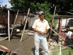 Manta: Incendio consume una vivienda en el barrio El Porvenir