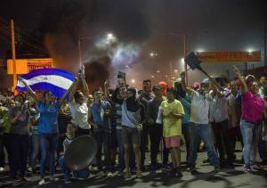 Nicaragua despliega militares en medio de crisis que deja ya diez muertos